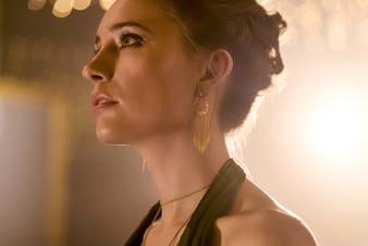 女士玫瑰金耳环